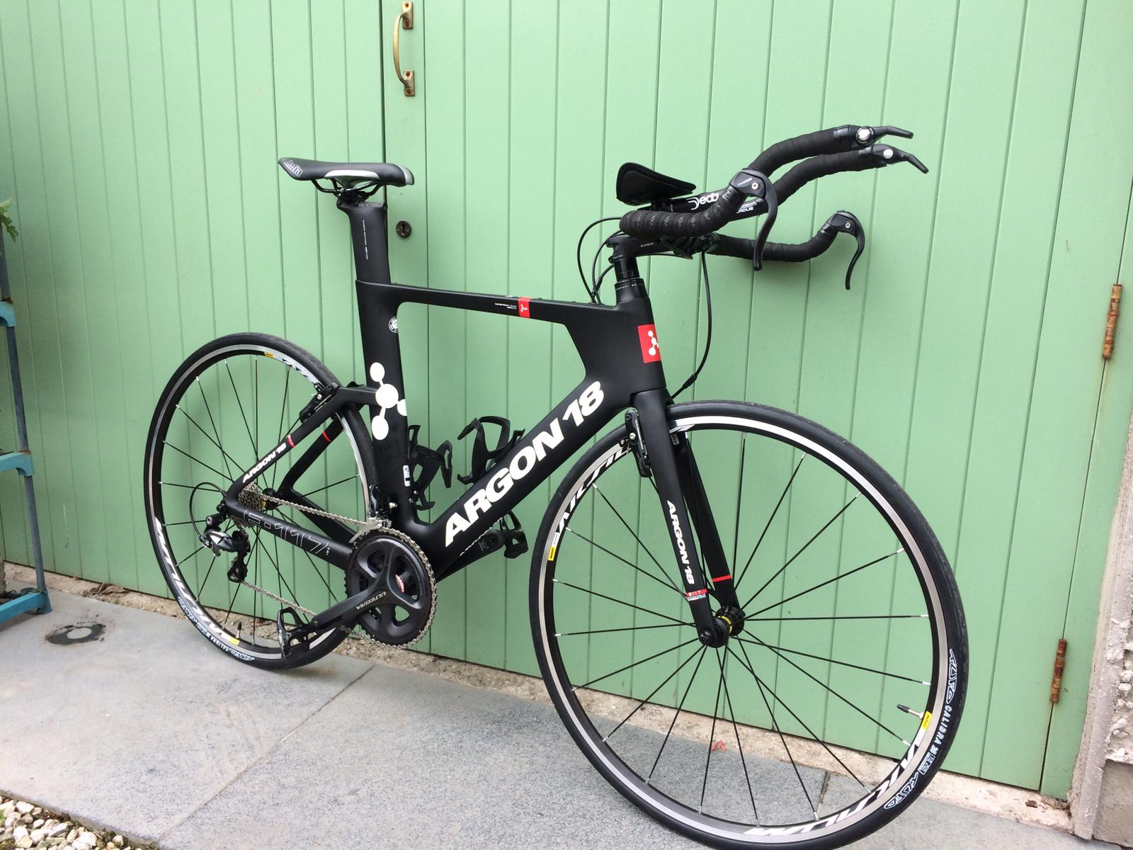 TheBikeFix.ie services road bikes from its workshop in Glanmire-1